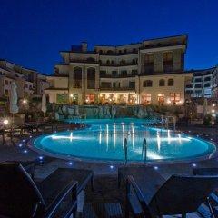 Отель The Vineyards Resort бассейн