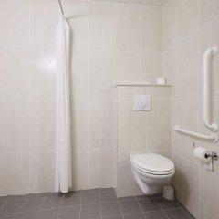 B&B Hotel Lyon Caluire Cité Internationale ванная