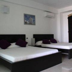 Отель Villa Belvedere Degli Ulivi Озимо комната для гостей