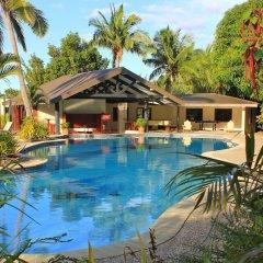 Отель Volivoli Beach Resort Фиджи, Вити-Леву - отзывы, цены и фото номеров - забронировать отель Volivoli Beach Resort онлайн бассейн