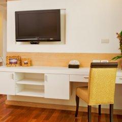 Отель Adelphi Grande Sukhumvit By Compass Hospitality Бангкок удобства в номере