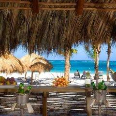 Отель Secrets Royal Beach Punta Cana Доминикана, Пунта Кана - отзывы, цены и фото номеров - забронировать отель Secrets Royal Beach Punta Cana онлайн пляж фото 2
