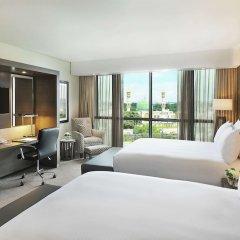 Legend Hotel Lagos Airport, Curio Collection by Hilton сейф в номере