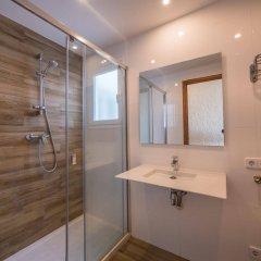 Отель Apartaments AR Muntanya Mar Испания, Бланес - отзывы, цены и фото номеров - забронировать отель Apartaments AR Muntanya Mar онлайн ванная