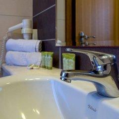 Manousos City Hotel ванная