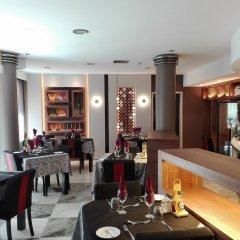 Отель Windsor Португалия, Фуншал - отзывы, цены и фото номеров - забронировать отель Windsor онлайн гостиничный бар