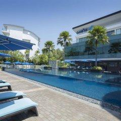 Отель One15 Marina Club Сингапур бассейн фото 3