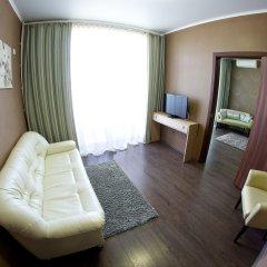 Гостиница Green Park в Калуге 11 отзывов об отеле, цены и фото номеров - забронировать гостиницу Green Park онлайн Калуга комната для гостей