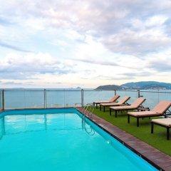 Отель Regalia Hotel Вьетнам, Нячанг - отзывы, цены и фото номеров - забронировать отель Regalia Hotel онлайн бассейн фото 2