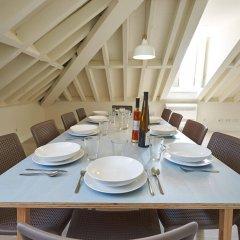 Апартаменты Portugal Ways Santos Azulejos Apartments питание