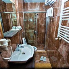 Yayla Otel Турция, Узунгёль - отзывы, цены и фото номеров - забронировать отель Yayla Otel онлайн ванная фото 2