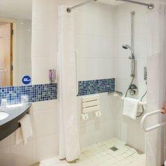Отель Holiday Inn Express London Stansted ванная фото 2