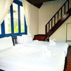 Отель Koo Fah Keang Talay Resort сейф в номере