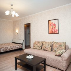 Гостиница Moskva4you Prospekt 60 October 3-2 комната для гостей
