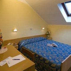 Отель Nives Италия, Риччоне - отзывы, цены и фото номеров - забронировать отель Nives онлайн комната для гостей фото 2
