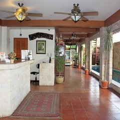 Отель Chang Charlie Inn Таиланд, Паттайя - отзывы, цены и фото номеров - забронировать отель Chang Charlie Inn онлайн интерьер отеля фото 3
