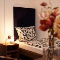 Отель Esfand Hostel Германия, Берлин - отзывы, цены и фото номеров - забронировать отель Esfand Hostel онлайн комната для гостей фото 2