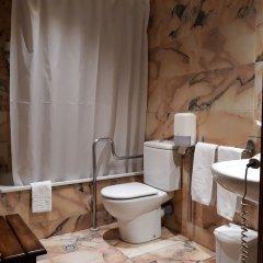 Отель Eth Pomer Испания, Вьельа Э Михаран - отзывы, цены и фото номеров - забронировать отель Eth Pomer онлайн ванная фото 2