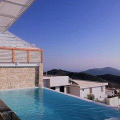 Villa Valentina Турция, Калкан - отзывы, цены и фото номеров - забронировать отель Villa Valentina онлайн бассейн
