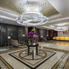Отель DoubleTree by Hilton Istanbul Topkapi интерьер отеля