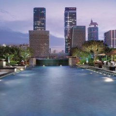 Отель The Ritz-Carlton, Shenzhen Китай, Шэньчжэнь - отзывы, цены и фото номеров - забронировать отель The Ritz-Carlton, Shenzhen онлайн бассейн фото 2