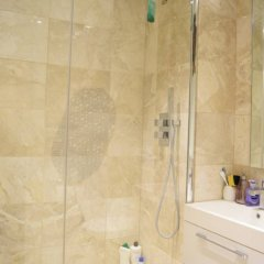 Апартаменты Cosy 1 Bedroom Studio Flat in Knightsbridge Лондон ванная