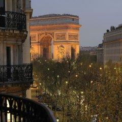 Отель Royal Hotel Paris Champs Elysées Франция, Париж - отзывы, цены и фото номеров - забронировать отель Royal Hotel Paris Champs Elysées онлайн балкон