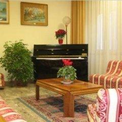 Hotel Fiorana Римини интерьер отеля фото 3
