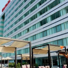 Отель Centara Watergate Pavillion Hotel Bangkok Таиланд, Бангкок - 4 отзыва об отеле, цены и фото номеров - забронировать отель Centara Watergate Pavillion Hotel Bangkok онлайн вид на фасад