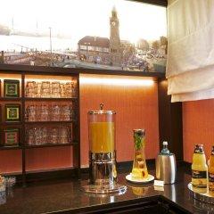 Best Western Raphael Hotel Altona гостиничный бар