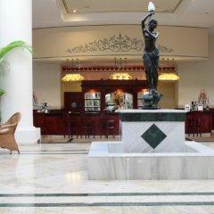 Отель Gran Bahia Principe Jamaica Hotel Ямайка, Ранавей-Бей - отзывы, цены и фото номеров - забронировать отель Gran Bahia Principe Jamaica Hotel онлайн гостиничный бар