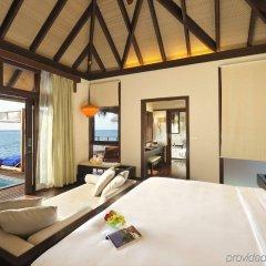 Отель Coco Bodu Hithi комната для гостей