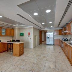 Отель J5 Villas Holiday Homes - Barsha Gardens в номере фото 2