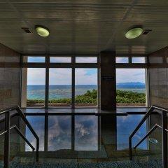 Hotel Miyuki Beach Центр Окинавы бассейн