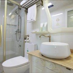 Отель Gallery Hotel - Xiamen Gulangyu Guyi Китай, Сямынь - отзывы, цены и фото номеров - забронировать отель Gallery Hotel - Xiamen Gulangyu Guyi онлайн ванная фото 2
