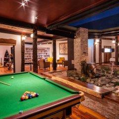 Отель Viwa Island Resort гостиничный бар