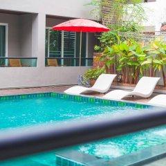 Отель Double D Boutique Residence бассейн