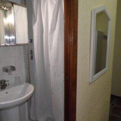 Отель Pensión Universal ванная фото 2