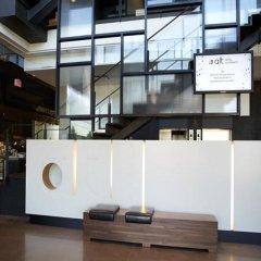Отель Alt Hotel Toronto Airport Канада, Миссиссауга - отзывы, цены и фото номеров - забронировать отель Alt Hotel Toronto Airport онлайн гостиничный бар