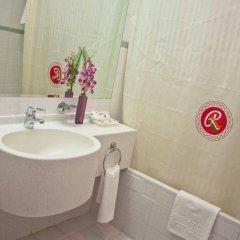 Отель Regal Plaza Hotel ОАЭ, Дубай - 2 отзыва об отеле, цены и фото номеров - забронировать отель Regal Plaza Hotel онлайн ванная