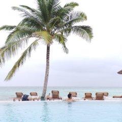Отель UI Inn Мальдивы, Хулхумале - 1 отзыв об отеле, цены и фото номеров - забронировать отель UI Inn онлайн бассейн фото 3