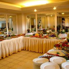 Buyuk Berk Hotel Турция, Айвалык - отзывы, цены и фото номеров - забронировать отель Buyuk Berk Hotel онлайн питание фото 2