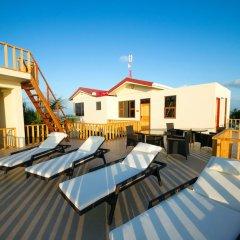Отель Tropic Tree Hotel Maldives Мальдивы, Велиганду Хураа - отзывы, цены и фото номеров - забронировать отель Tropic Tree Hotel Maldives онлайн бассейн фото 2