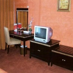 Отель Ewan Hotel Sharjah ОАЭ, Шарджа - отзывы, цены и фото номеров - забронировать отель Ewan Hotel Sharjah онлайн удобства в номере фото 2