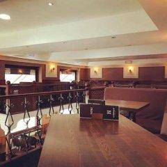 Отель Hôtel Stalingrad гостиничный бар