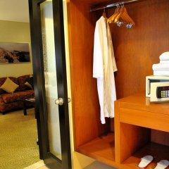 Hotel Elizabeth Cebu сейф в номере