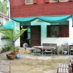 Отель Bluefin Guesthouse Таиланд, Бангкок - отзывы, цены и фото номеров - забронировать отель Bluefin Guesthouse онлайн питание фото 2