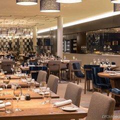 Отель Hilton Amsterdam Airport Schiphol Нидерланды, Схипхол - 1 отзыв об отеле, цены и фото номеров - забронировать отель Hilton Amsterdam Airport Schiphol онлайн питание