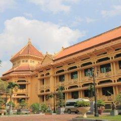 Отель Hanoi Queen Ханой вид на фасад фото 2