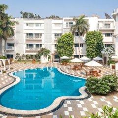 Отель The Claridges New Delhi Нью-Дели бассейн фото 3